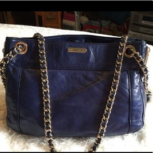 EUC Rebecca Minkoff navy bag w. gold trim
